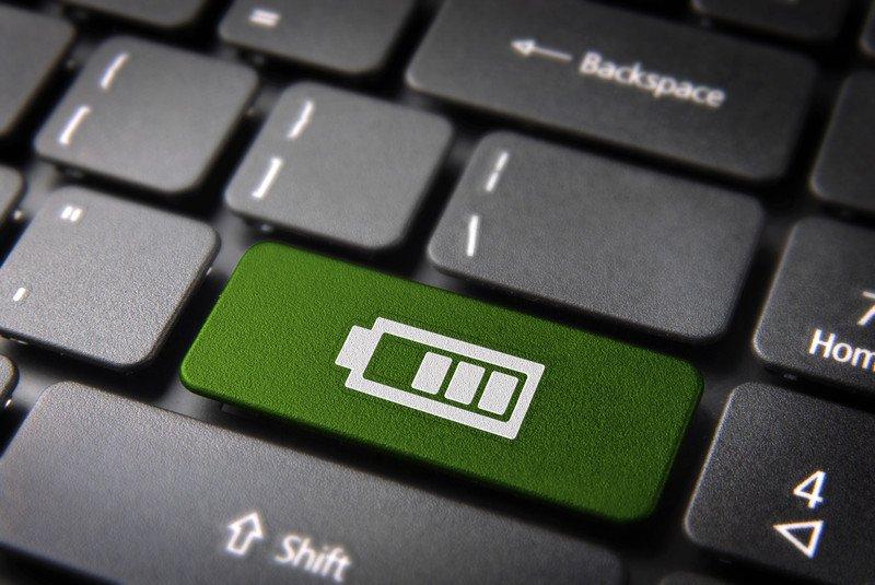 587af8a71a3 5400 mAh ei räägi veel millestki, kui jutt käib 2013.aasta sülearvutist.  Selline arvuti võib töötada akust ka poolteist tundi, samal ajal kui selle  ...